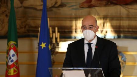 Гръцкият министър на външните работи Никос Дендиас