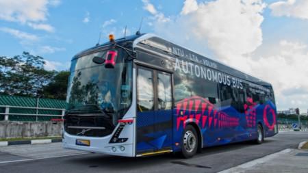 """Автономният електрически автобус на """"Волво"""""""