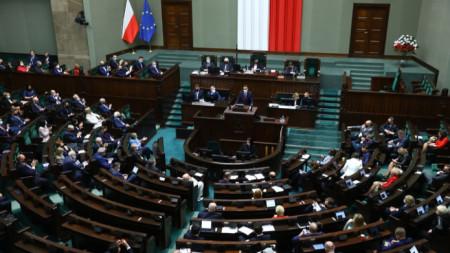Сеймът на Полша прие законопроект, който според критици затруднява връщането на еврейска собственост, конфискувана от нацистите.