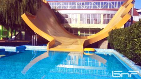 Водната пързалка