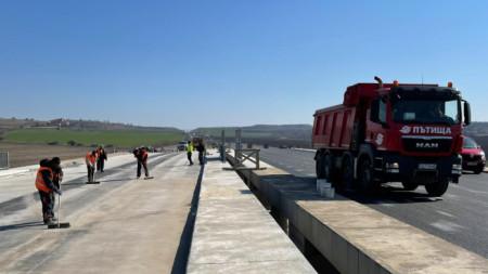"""Автомагистрала Тракия - връзката за магистрала """"Марица"""" и пътен възел """"Чирпан"""", март 2021 г."""