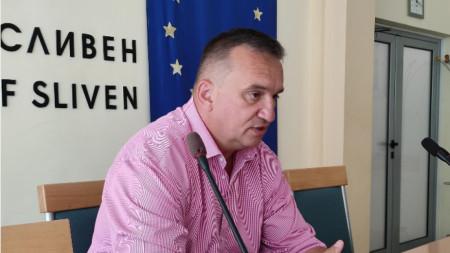 Областният управител на Сливен Минчо Афузов.