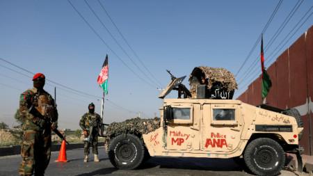 Контролно-пропускателен пункт в столицата Кабул.