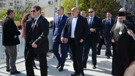 """Министър-председателят Бойко Борисов инспектира строителните работи по бул. """"Васил Левски"""" във Варна."""