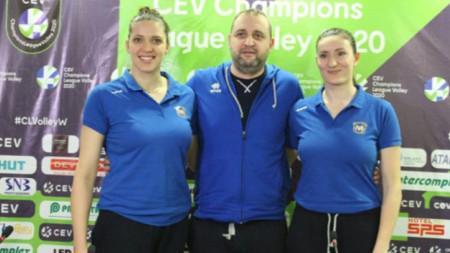 Иван Петков (в средата), Христина Вучкова (в ляво) и Емилия Димитрова (в дясно)