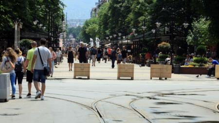 Пешеходните зони ще са повече през уикендите на това лято
