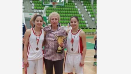 Близначките Ана-Мария и Мария-Магдалена Коляндрови