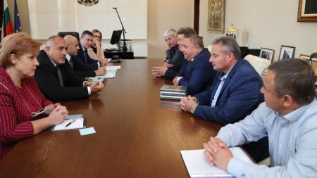Бойко Борисов се срещна с кметове на малки населени места в МС.