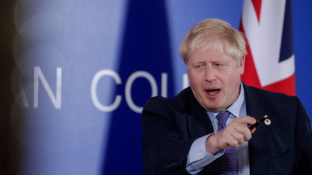 Борис Джонсън по време на Европейския съвет в Брюксел