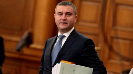 На първо четене в пленарна зала влезе проектозаконът на бюджета за следващата година. На снимката: Владислав Горанов.
