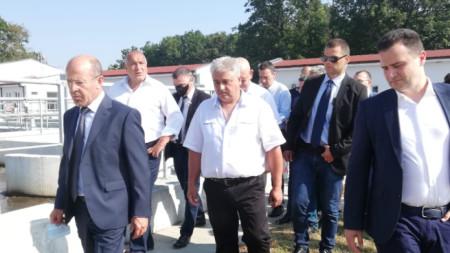 Борисов инспектира реконструкцията на пречиствателната станция