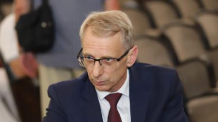 Minister Denkov