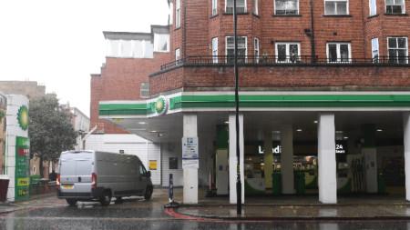 Затворена бензиностанция в центъра на Лондон, 28 септември 2021 г.