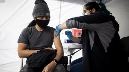 Ваксиниране в Калифорния