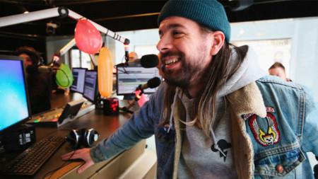 Якуб Кайфош, главен музикален редактор на Radio Wave