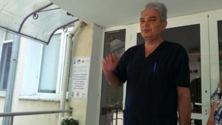 Главният лекар на Районната болница в Кюстендил д-р Александър Величков