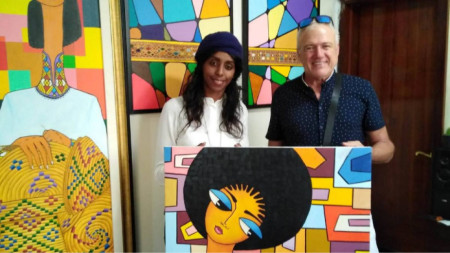 Людмил Киров с етиопска художничка