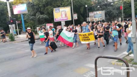 Протестно шествие във Варна, ден 27 пореден