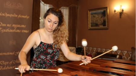 Василена Серафимова в Балабановата къща