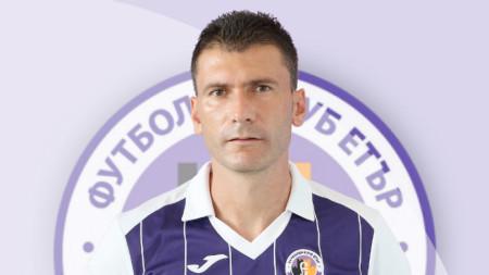 Тодор Колев е отстранен от Етър.
