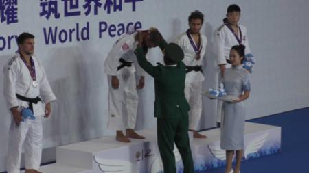 Ивайло Иванов спечели титлата в категория 81 килограма на турнира по джудо от военните игри в Китай