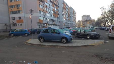На новия паркинг на