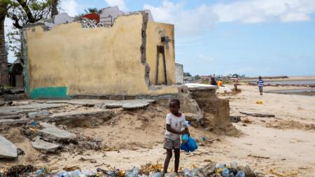 Мозамбик след циклона Идаи, който удари страната миналата година.
