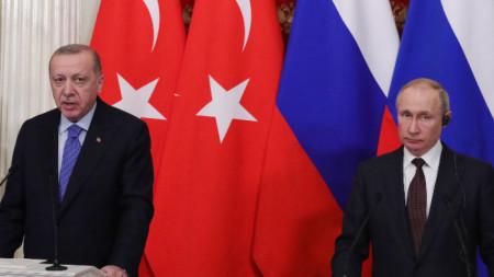 Реджеп Ердоган (вляво) и Владимир Путин на една от срещите им.
