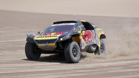 Себастиан Льоб спечели шестия етап в Перу.
