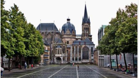 град Аахен, Германия