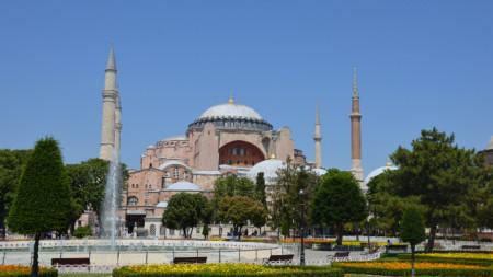 Храмът-музей