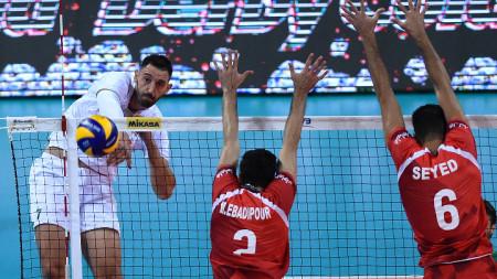 Николай Учиков бележи поредната точка за България.