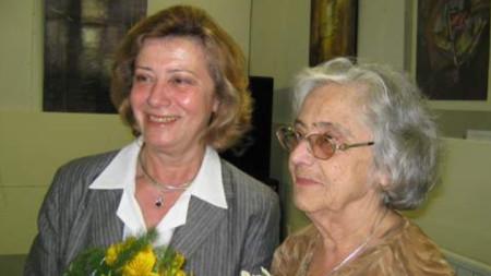 Мария Чакърова и майка й