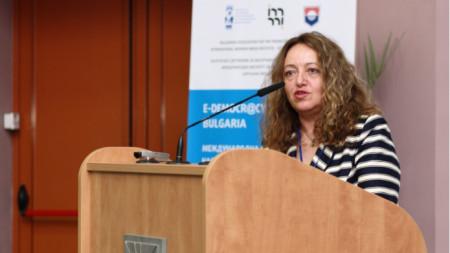 Даниела Божинова