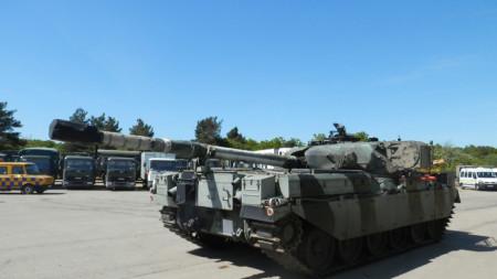 """Продажба на търг на танк """"Чифтан"""" в Англия."""