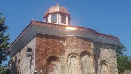 """Храмът """"Св. Архангел Михаил""""в град Рила"""