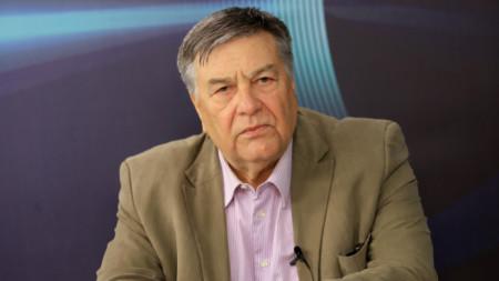 Здравко Попов