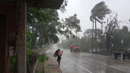Индийският щат Одиша ще бъде сред тежко засегнатите от циклона Амфан.