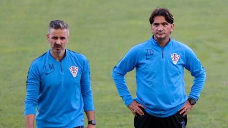 Златко Далич (вдясно) е доволен, че отборът ще се готви у дома в последните дни преди европейското.