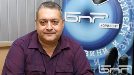 Професор Александър Николов