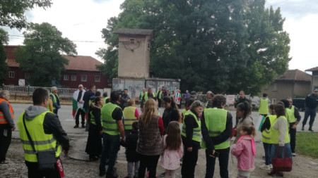 За кратко беше затруднено движението по главния път Русе – Велико Търново