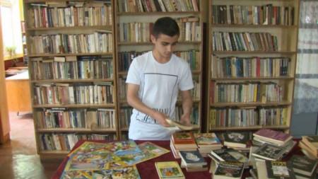 За Кирил това няма да е първата кампания, свързана с книги