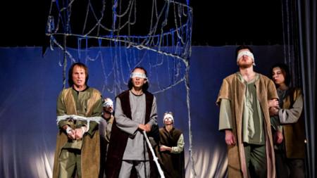 """Сцена от постановката """"За Първото българско царство: Отшелника"""""""