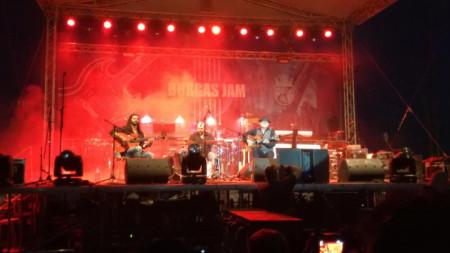 Луис Гало и неговата група Los Caminos De La Guitarra на сцената на Burgas Jam