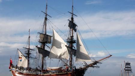 """Копие на кораба """"Индевър"""" на капитан Джеймс Кук"""