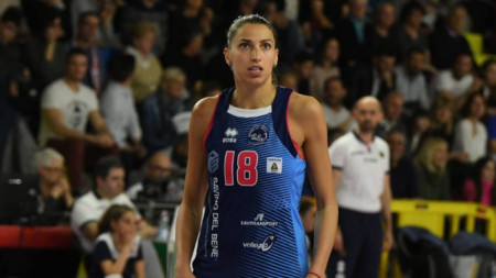 Елица Василева записа 15 точки.