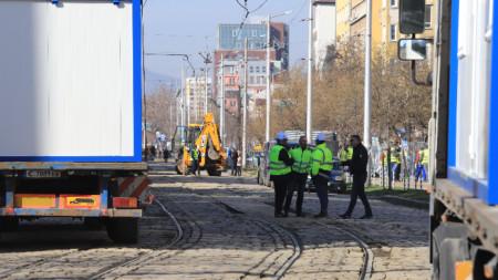 """Днес започва ремонтът на трамвайното трасе на трамвай номер 5 в участъка от Съдебната палата до кв. """"Княжево"""""""