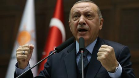 Реджеп Ердоган направи коментара срещу Джон Болтън на среща с депутати от партията си в Анкара.