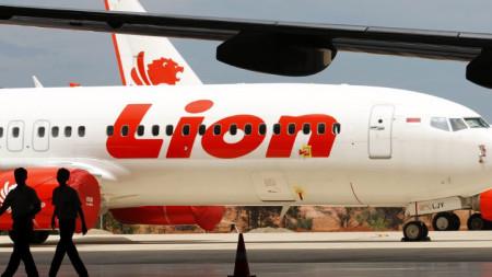 """Разбилият се самолет е на индонезийската авиокомпания """"Лайън еър""""."""
