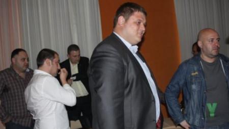 Срещата на феновете на Ботев премина в напрегната атмосфера